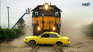 Smash Lab: Tren Çarpması
